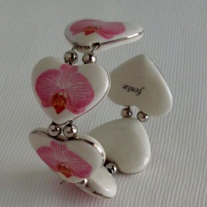 Heart shape bangle, phalaenopsis style B, striped, Bright Pink