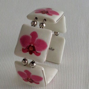 Square shape bangle, phalaenopsis style A, hybrid, Pink