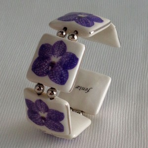 Square shape bangle, vanda style A, striped, Purple