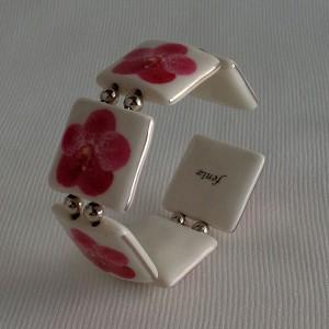 Square shape bangle, vanda style B, dotted, Dark Pink