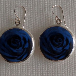 Round shape earrings, blooming rose, full surface