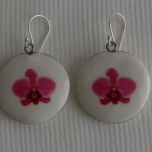 Round shape  earrings, phalaenopsis style A, hybrid, Pink