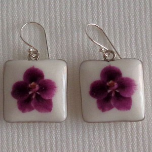 Square shape earrings, vanda style C, striped, Reddish Violet