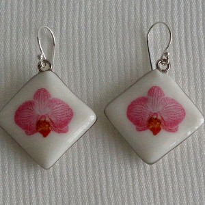 Vertical square shape earrings, phalaenopsis style B, striped, Bright Pink