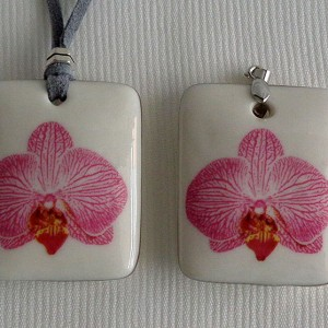 Rectangle shape pendant, phalaenopsis style B, striped, Bright Pink, Large