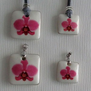 Square shape pendant, phalaenopsis style A, hybrid, Pink, Small