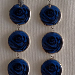 Round shape pendant, blooming rose, full surface, Small x 3 pcs.