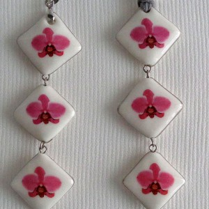 Vertical square shape pendant, palaenopsis style A, hybrid, Pink, Small x 3 pcs.