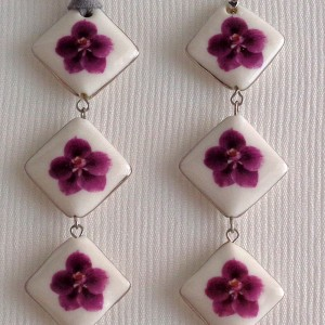 Vertical square shape pendant,  vanda style C, striped, Reddish Violet, Small x 3 pcs.